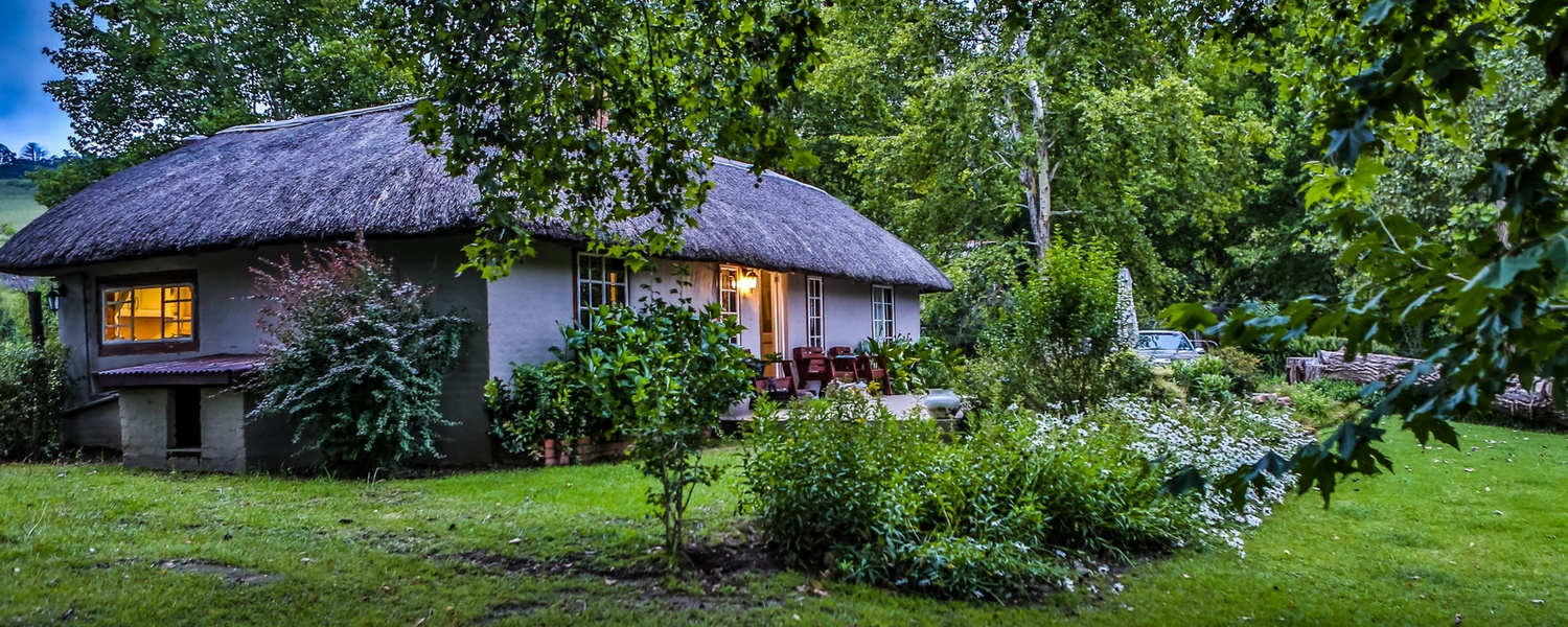 cosy self catering pet friendly cottage underberg